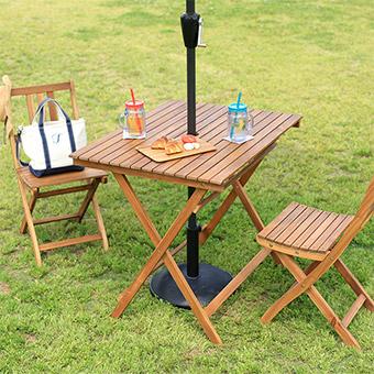 折りたたみ式ガーデンテーブルでオシャレに楽しい食事タイムを!のサムネイル画像