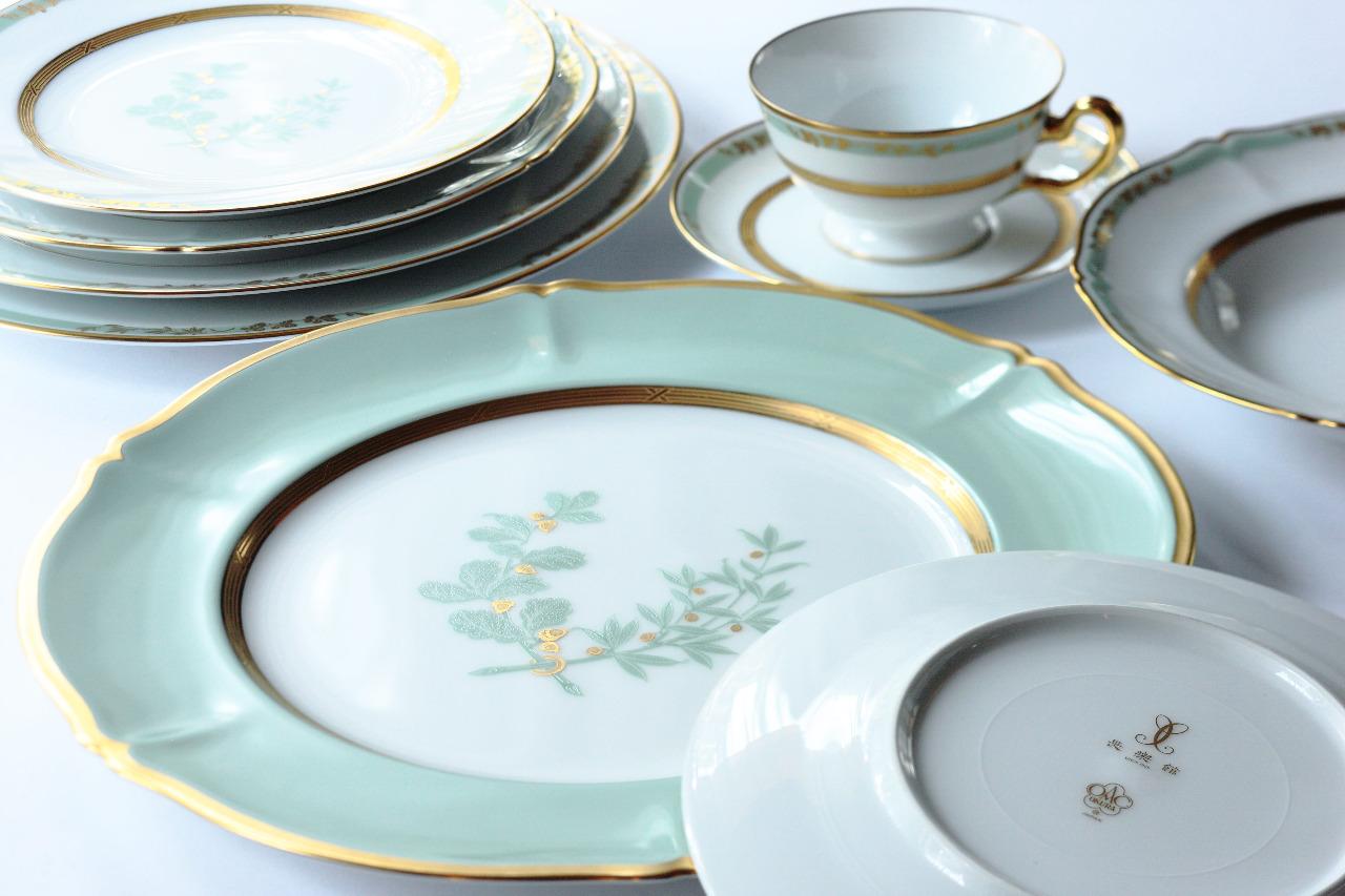 大切な人へのプレゼントにもピッタリの素敵なブランドお皿♡のサムネイル画像