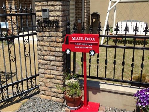 家の目印にもなる!おしゃれでかわいいスタンド式郵便ポストのサムネイル画像
