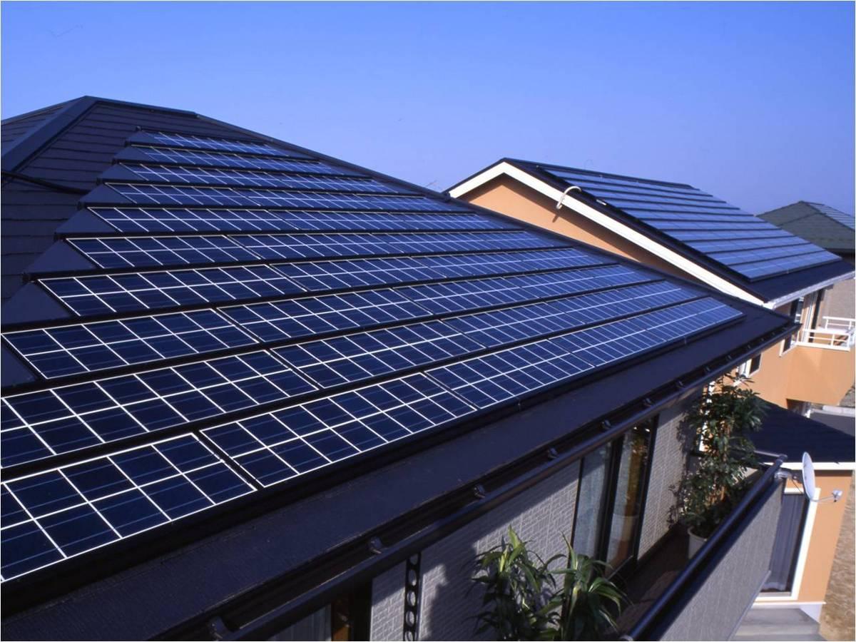 電気は自分で作るには!?ソーラーパネルのメーカーを知りたいのサムネイル画像