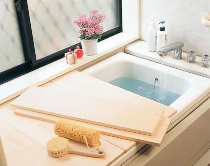 湿気が多い時期のカビ対策は大丈夫?お風呂のふたにもこだわろう!のサムネイル画像