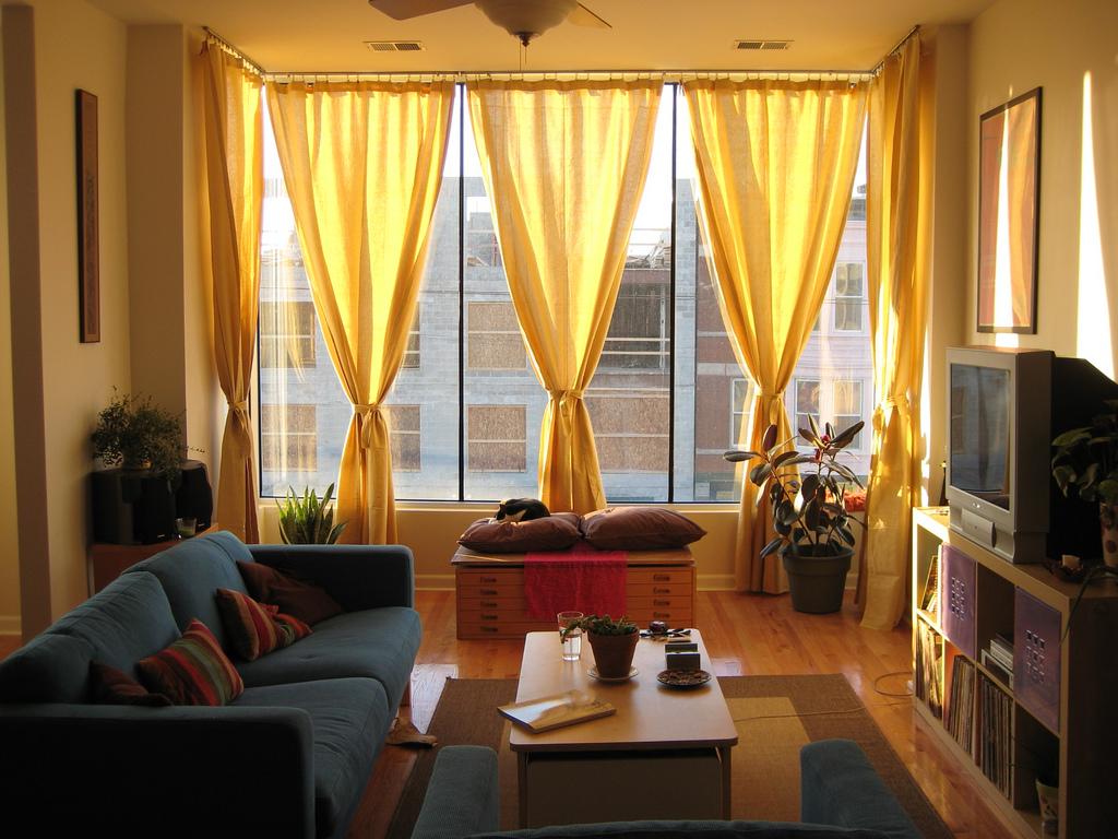 新築我が家のカーテン選び!ワクワクだけど具体的にはどうするの?のサムネイル画像