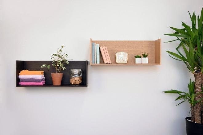 """ホッチキスで壁に棚が設置できる?超便利アイテム""""壁美人""""のサムネイル画像"""