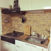 100均のキッチン保護シートで汚れを防止&見た目を変える!!のサムネイル画像