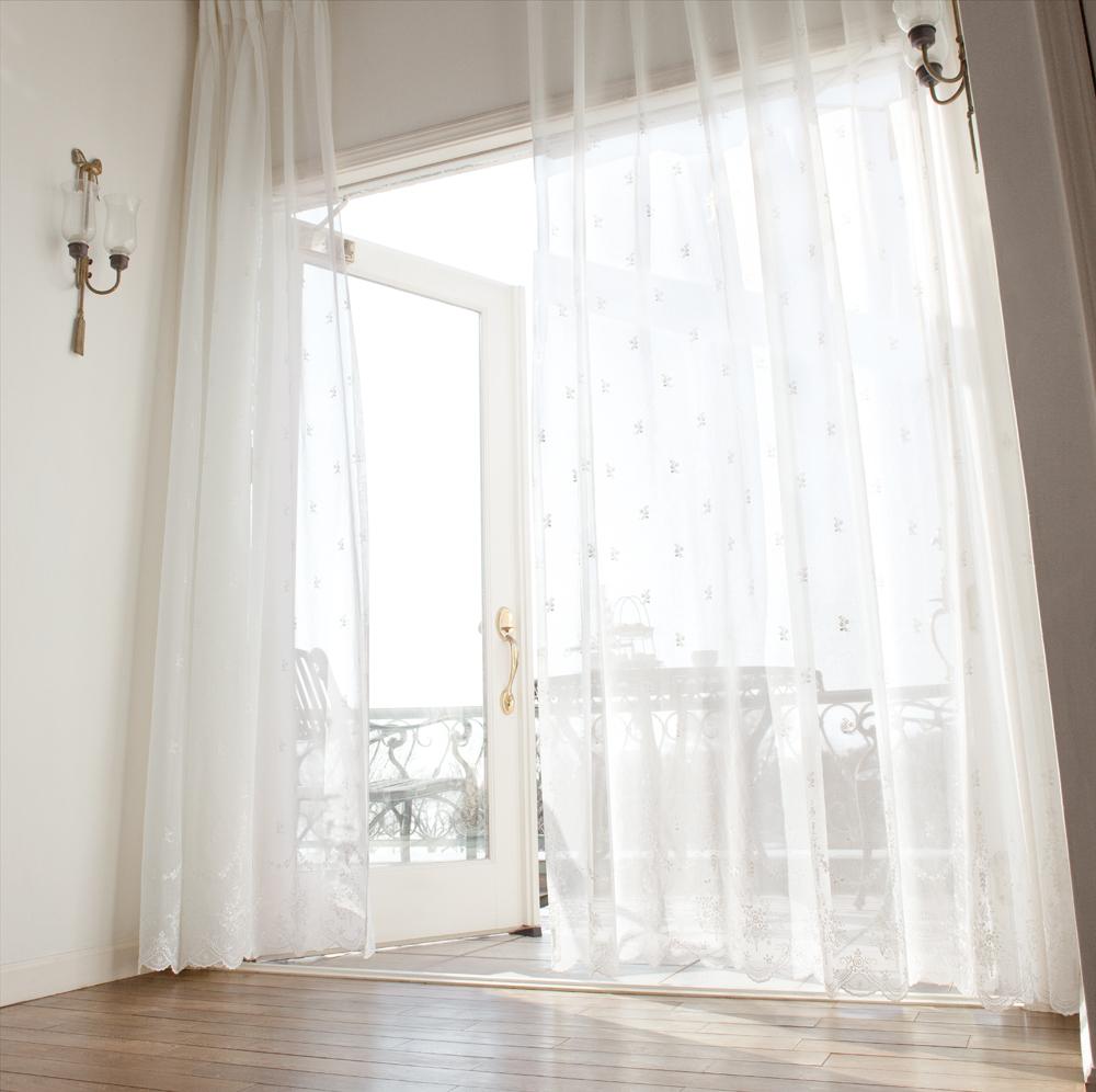 おしゃれに飾ろう!あなたの好みのレースカーテンを見つけよう!のサムネイル画像