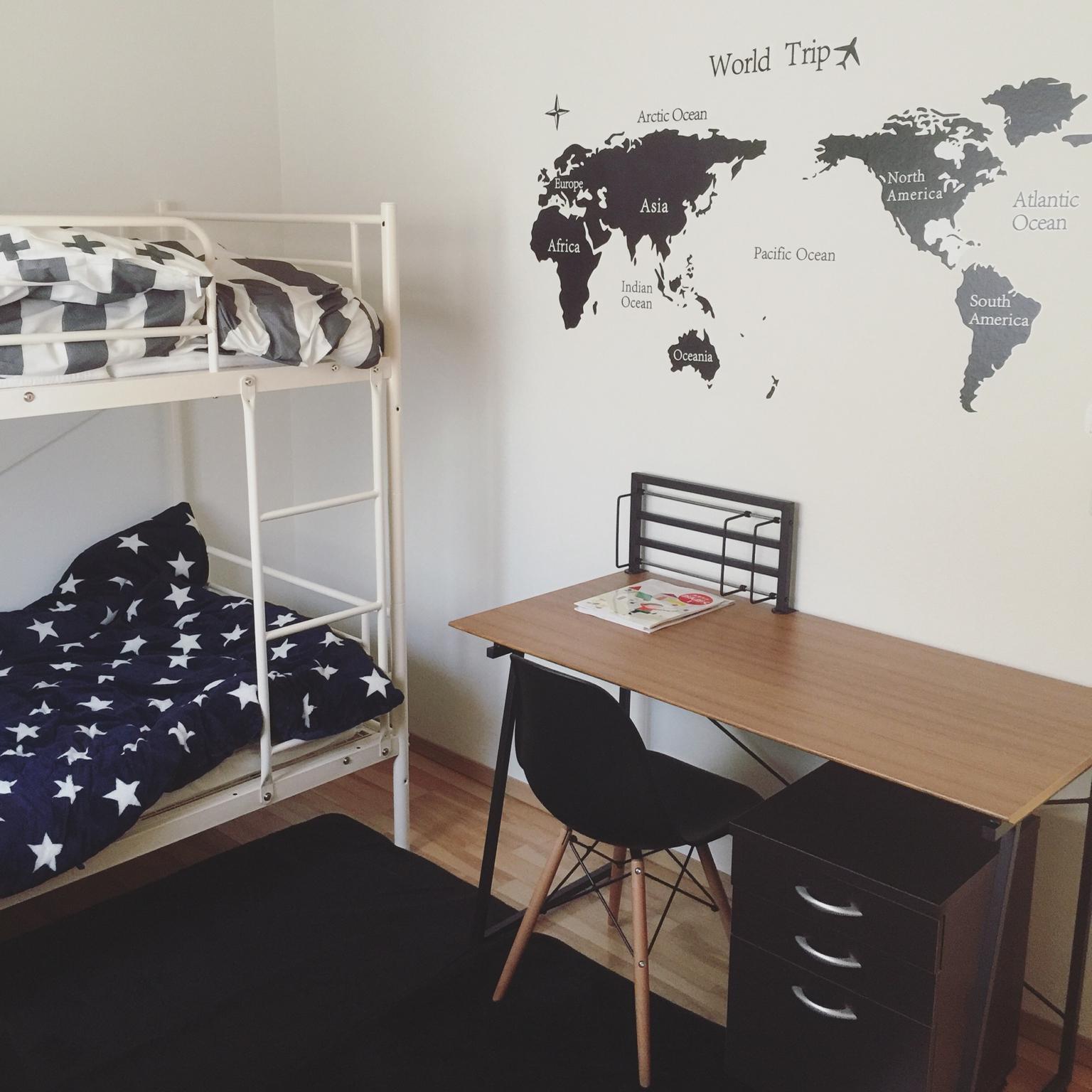 お部屋を広々と使いたい方におすすめ♪大人用の二段ベッド!のサムネイル画像