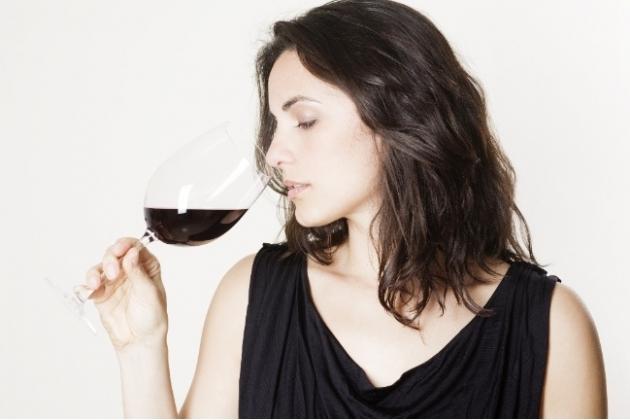 ワインの開け方を知っている女性はカッコいい!あなたもどうですか?のサムネイル画像
