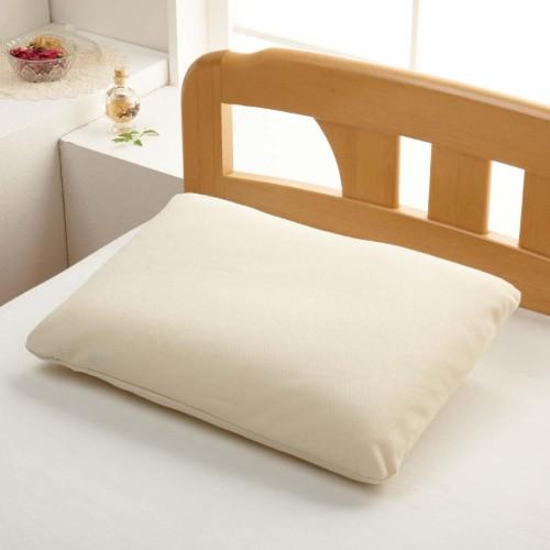 バスタオルで快眠?自分にピッタリのバスタオル枕を作ってみよう!のサムネイル画像