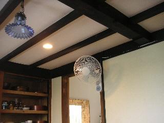 壁掛け扇風機で空いたスペースを有効活用!!売れ筋商品は?のサムネイル画像