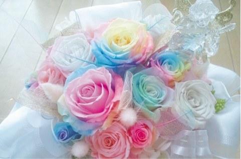 プリザーブドフラワーにオススメの花材でかわいくアレンジメント♡のサムネイル画像