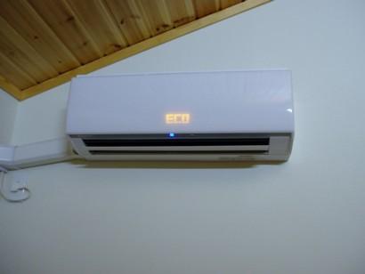 エアコンが故障!そんときは修理と買い替えどっちがお得かな?のサムネイル画像