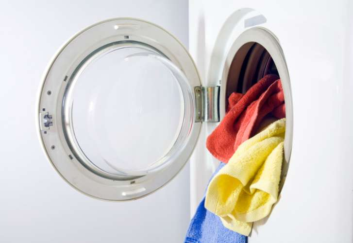洗濯機は修理するのと、新品に買い替えるのはどちらがおすすめ?のサムネイル画像