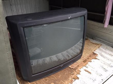 今更無料では難しい?あなたのブラウン管テレビの回収方法は?のサムネイル画像