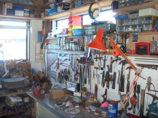 ガレージを作業場に!夢がたくさん詰まった理想のガレージを作ろう!のサムネイル画像