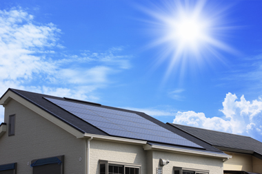 【快適リフォーム】太陽光発電で地球に優しく、家計にも優しく☆のサムネイル画像
