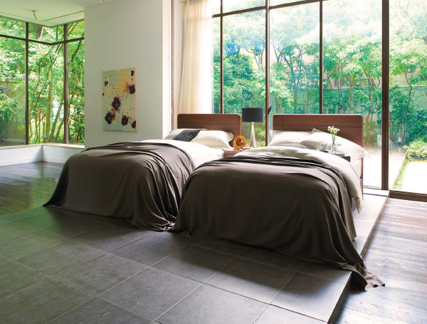 シモンズのベッドで至福のひと時を!世界のベッドで快眠しよう!のサムネイル画像