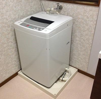 洗濯機に防水パンは必要不可欠?どんな防水パンがありますか?のサムネイル画像