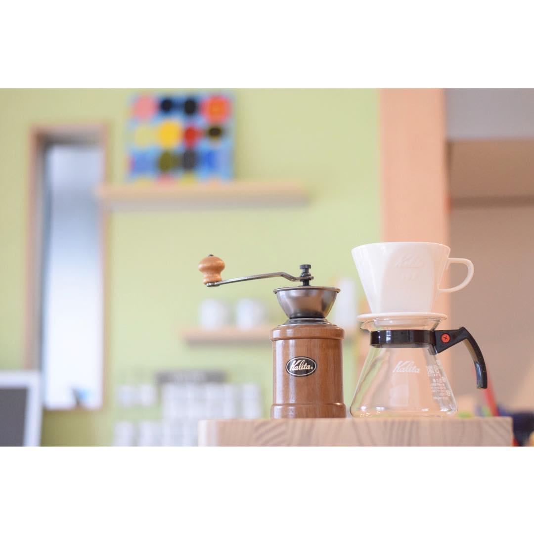 コーヒー好きなら知ってるカリタ。こだわりのコーヒーポットをご紹介のサムネイル画像