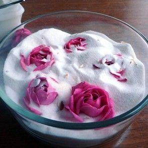 プリザーブドフラワー 素敵でおしゃれなバラの世界へようこそ!のサムネイル画像