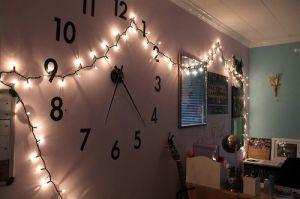 おしゃれな掛け時計&置時計を部屋に置いてインテリアのポイントにのサムネイル画像