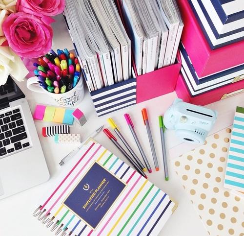 大人の女性ならおしゃれな文房具で仕事を効率的に楽しくしましょう!のサムネイル画像