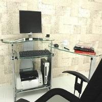 パソコンデスクをよりクールに。ガラス製パソコンデスクまとめのサムネイル画像