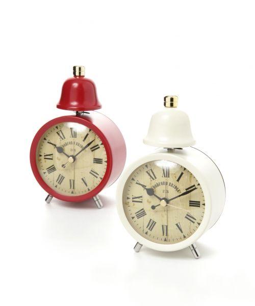 大切な時を刻む。お部屋のインテリアにも可愛い置き時計の20選のサムネイル画像