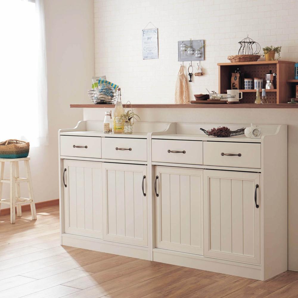 空間を無駄にしない!薄型キッチンカウンター下収納でお部屋スッキリのサムネイル画像