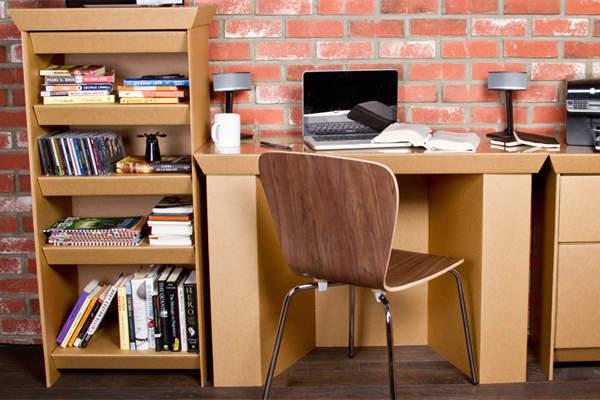 軽くて簡単に組立が出来る、ダンボール家具を使ってみよう!のサムネイル画像