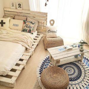 【オリジナルDIY】簡単ベッドの作り方!(すのこ・カラーボックスで自作)の画像